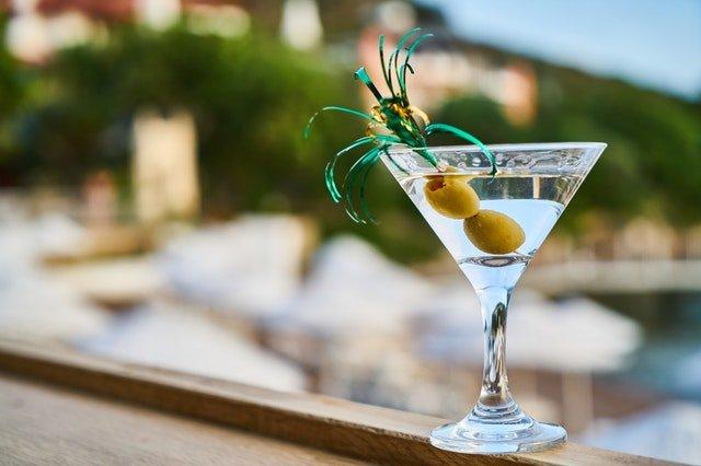boire gin francais